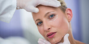 Cryotherapy for cosmetic surgery